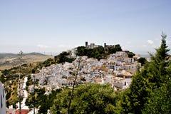 Villaggio andaluso bianco tipico Fotografia Stock Libera da Diritti