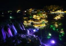 Villaggio antico di Furong (ibisco) alla notte Fotografie Stock
