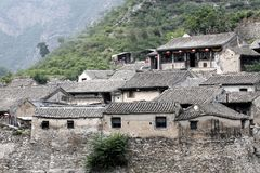 Villaggio antico nella montagna. Fotografia Stock