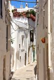 Villaggio in Apulia, Italia di Ostuni immagine stock