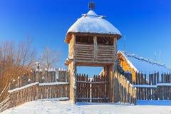 Villaggio commerciale antico della fabbrica all'inverno in Pruszcz Gdanski Immagine Stock