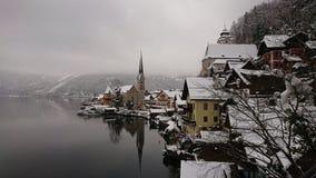 Villaggio dal lago Fotografie Stock Libere da Diritti
