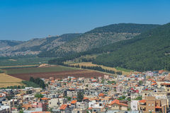 Villaggio della Galilea sotto il supporto Tabor Fotografia Stock