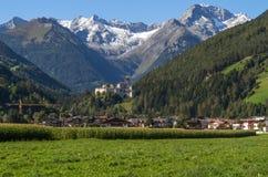 Villaggio della sabbia in Taufers nel Tirolo del sud Fotografia Stock Libera da Diritti