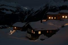 Villaggio dello sci alla notte Fotografia Stock Libera da Diritti