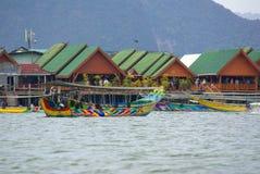 Villaggio dello zingaro del mare. Phang Nga, Tailandia Fotografia Stock