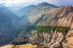 Villaggio di alta montagna in Himalaya Immagini Stock Libere da Diritti