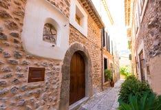 Villaggio di Fornalutx in Maiorca Balearic Island immagini stock libere da diritti