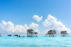 Villaggio di galleggiamento di Bajau Immagini Stock Libere da Diritti
