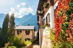 Villaggio di Hallstatt in alpi austriache Fotografie Stock