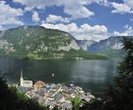 Villaggio di Hallstatt & lago Hallstatt Fotografie Stock