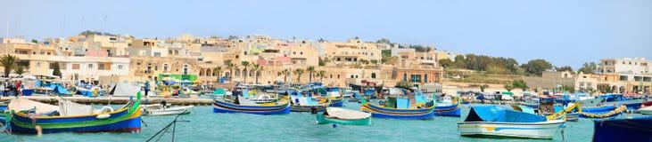 Villaggio di Marsaxlokk a Malta fotografie stock