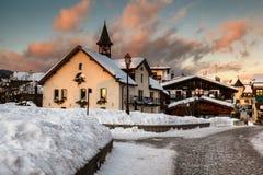 Villaggio di Megeve nella sera, alpi francesi Fotografia Stock
