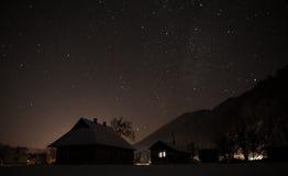 Villaggio di notte Immagini Stock