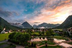 Villaggio di Pertisau alle alpi nel Tirolo, Austria Fotografia Stock