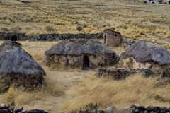 Villaggio di Peru Andes Old Inca Houses Fotografia Stock Libera da Diritti
