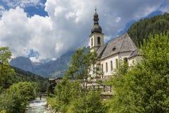 Villaggio di Ramsau nelle alpi, Baviera, Germania Immagine Stock