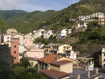 Villaggio di Riomaggiore - il Cinque Terre - Italia. Immagini Stock