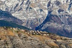 Villaggio di Sauze du Lac, inverno Hautes-Alpes, alpi, Francia Immagini Stock Libere da Diritti