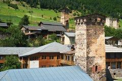 Villaggio di Svan con le torri Fotografia Stock Libera da Diritti