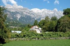 Villaggio di Theth, montagne di Prokletije, Albania Immagine Stock Libera da Diritti