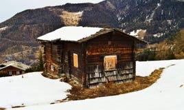 Villaggio di Tzoumaz della La, una tettoia, primo piano Fotografie Stock Libere da Diritti