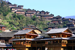 Villaggio di Xijiang Miao in Cina più grande Fotografie Stock Libere da Diritti