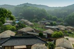 Villaggio di Yangdong Hanok o il villaggio tradizionale conservato nella città di Gyeongju, Corea del Sud fotografia stock libera da diritti