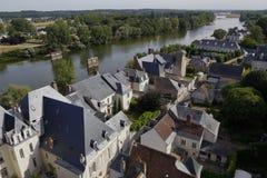 Villaggio ed il fiume Loira, valle di Louire - Europa, Francia, colpo castello da Amboise, Amboise, il d Amboise, castello del ca Immagine Stock Libera da Diritti