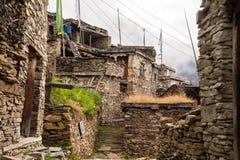Villaggio fatto delle pietre sulle montagne Fotografia Stock