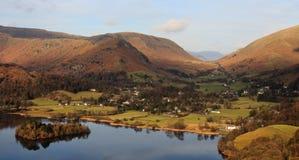 Villaggio inglese della campagna, distretto del lago Fotografie Stock