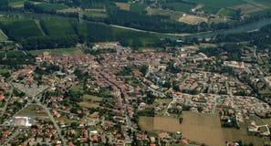 Villaggio lungo la Garona Fotografie Stock Libere da Diritti