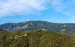 Villaggio in montagna superiore della Corsica Immagine Stock Libera da Diritti