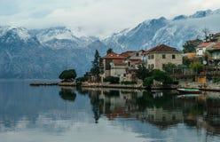 Villaggio nei mountaines Immagine Stock Libera da Diritti
