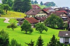 Villaggio nel cantone Uri, Svizzera Immagini Stock Libere da Diritti