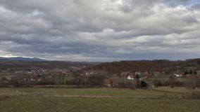 Villaggio nel giorno nuvoloso Fotografia Stock Libera da Diritti