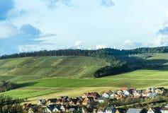 Villaggio nel paesaggio rurale Fotografie Stock