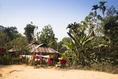 Villaggio nel parco nazionale di Lawacharra in Srimangal, Bangladesh Immagini Stock
