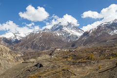 Villaggio nella regione di Annapurna, Nepal di Jharkot fotografia stock