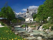Villaggio nelle alpi, Germania Fotografia Stock