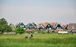 Villaggio olandese tipico Marken con le case di legno, Paesi Bassi Fotografie Stock Libere da Diritti