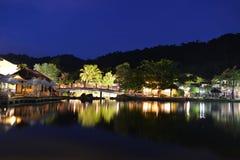 Villaggio orientale alla notte Immagine Stock