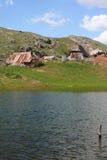 Villaggio pastorale in montagne Fotografia Stock