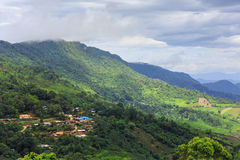 Villaggio sull'alta montagna Immagine Stock Libera da Diritti