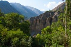 Villaggio sull'orlo del canyon fotografie stock