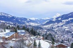 Villaggio svizzero nell'inverno Immagini Stock Libere da Diritti