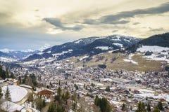 Villaggio svizzero nell'inverno Fotografia Stock Libera da Diritti