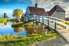 Villaggio turistico famoso Zaanse Schans vicino ad Amsterdam, Paesi Bassi, Europa Immagini Stock