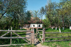 Villaggio ucraino in primavera Fotografie Stock Libere da Diritti
