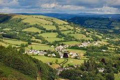 Villaggio in valle di Lingua gallese Fotografie Stock Libere da Diritti